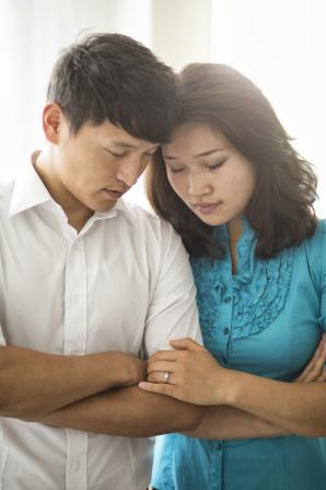 couple-praying-mongolia-1154362-gallery